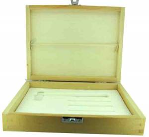 "8-1/2"" x 6-1/2"" x 1"" Lacquered Wood Box - CLOSEOUT! - Image 1"